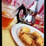 Dessert et thé à la menthe