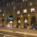 Omni hotel on California street