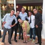 Fantastico gruppo.....bravissimi molto bravi e simpatici...senza essere invaddnti...ne manca una