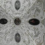Fregi di una cappella laterale