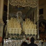 Se usa para la procesión de la virgen por las calles.