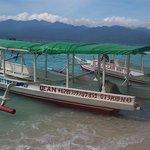Galass bottom boat trips gili meno