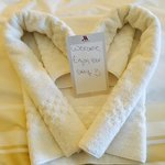 Adorable welcome towel heart