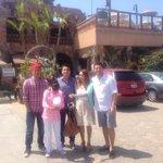 En familia en Domingo en Restaurant Los Pelícanos para un bien desayuno