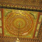 Le plafond en bois sculpté