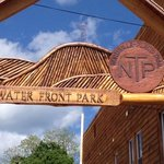 New archway entrance sign