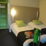 Confortable habitacion en muy buen estado de mantenimiento