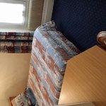 Zimmer 1 Richtung Bett