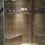 Salle de bain de la chambre Dishley.