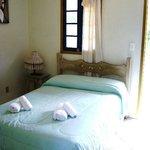 Suite no andar superior na Pousada Recanto das Araras.