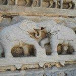 Tallados exteriores del templo