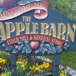The AppleBarn sign