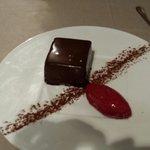 Mousseux au chocolat craquelé au pralin