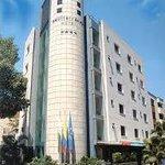 Fachada Hotel Mediterráneo Medellín