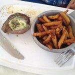 steak frites table d'hôte ben ordinaire ��