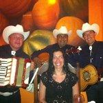 Mexican singers Serenade!!