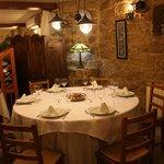 Vente a disfrutar de nuestros platos en un ambiente acogedor.