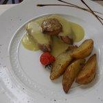 Filetto di norcino con crema di porri e foie gras