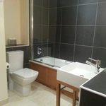 Room 17 - Bathroom