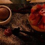 Dessert du jour Tartelette aux fraises ....un régal !!autant pour les yeux que pour les papilles