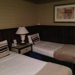 Queen bed and twin bed #1 (of 2)