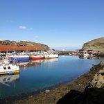 Blick in den kleinen Fischerhafen