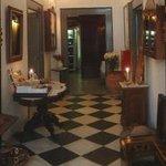 Photo of 1800-Floga Restaurant