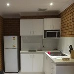 the very nice new kitchenette