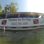 Boot für die Tauchfahrt