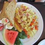 scrammbeld eggs