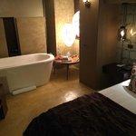 Zodiac Room1