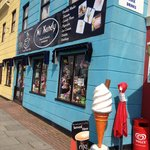 Best place for fresh coffee and hot fresh donuts, wicked ice creams too