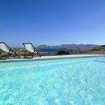 Πισίνα και θέα