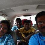 on the way to tajmahal