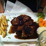 Filetto di maiale con salsa di prugne
