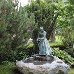 Statua nel giardino