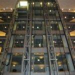 Aufzüge in der Lobby