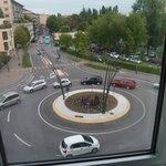 vue sur la rue devant l'hôtel