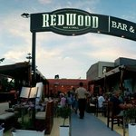 Foto van Redwood Bar & Grill