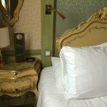 Décoration style ancien, meubles peints