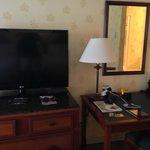 Large TV and work desks, room 140