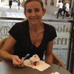 delicioso sorvete na Charmosa Linz