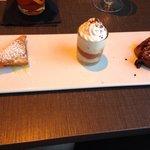 "Love the ""mini"" dessert options"