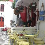 barcitos y restaurantes en las veredas