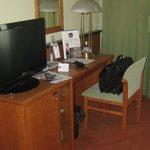Der kleine aber ausreichende Schreibtisch