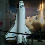 Transbordador espacial a escala.