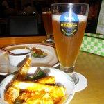 ビールとカニのチリソース