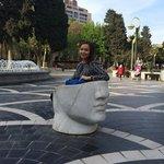 На Площади фонтанов - вот такие интересные лавочки))