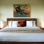 De Susnet King Bed