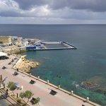 Вид с балкона из номера с видом на море